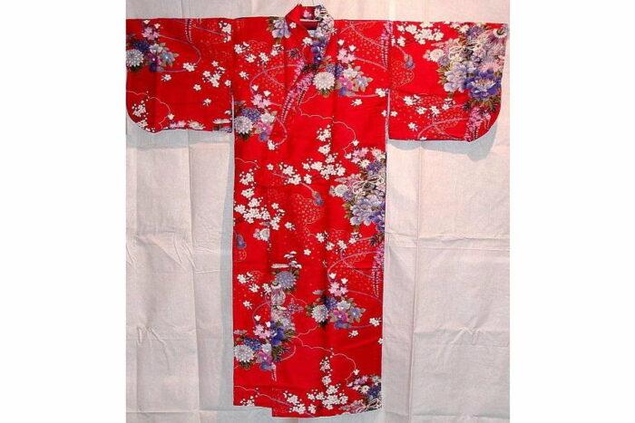 Kinder-Kimono Hana Größe 5 + kleine Damengröße 1