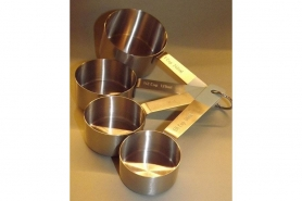 Mess-Cup-Set 4tlg. + Mess-Löffel-Set 4tlg. Edelstahl (GB) 8