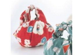 Furoshiki Umehana red 70cm 3