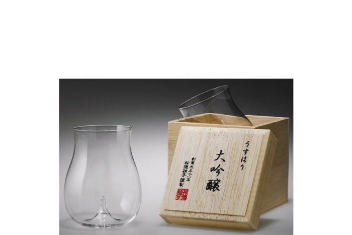 Sakeglas Shotoku Usuhari Daiginjo 250ml MIT HOLZBOX 1
