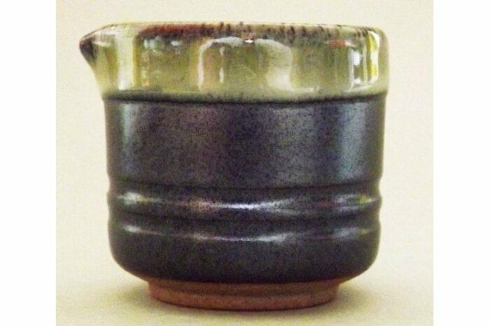 Kleines Saucen-Kännchen Shoyu Kuro handmade 1