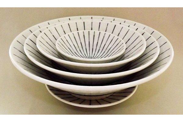Bowl Tokusa shiro Set mit 5 ineinander passenden Schalen 1