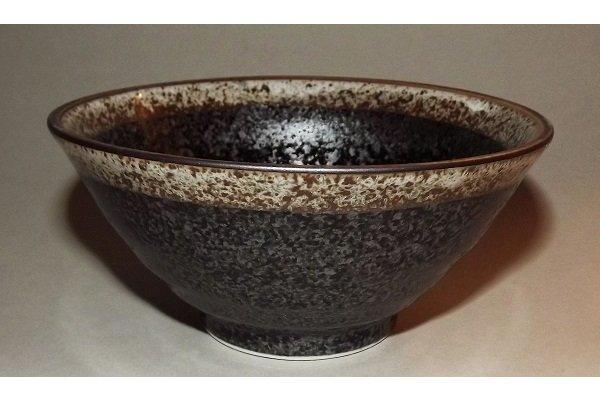 Bowl schwarz mit beigem Rand 1