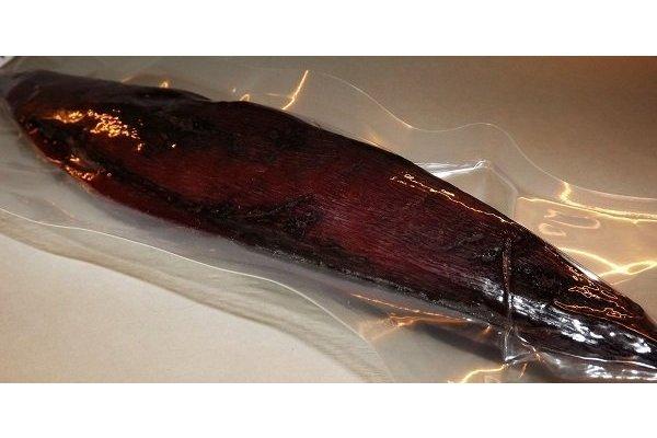 Katsuobushi getrockneter Bonito im Stück 1