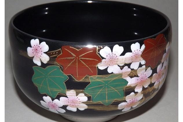 Matchawan Sakura in Holzbox - Kutaniyaki 1
