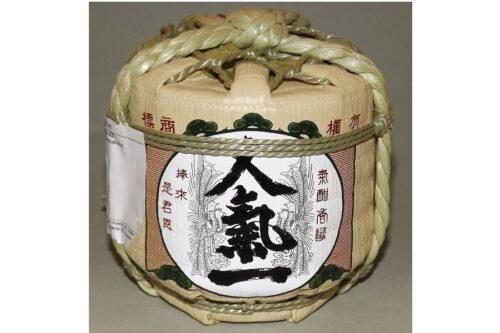 Sake Mini-Barrel Ninki Ginjo 300 ml 19