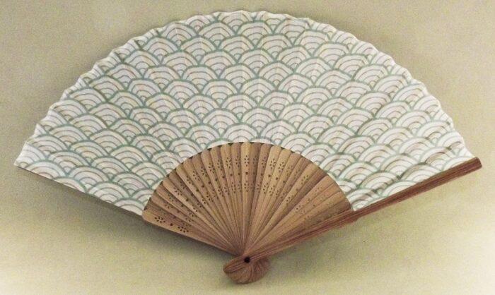 Sensu Seikeiha midori + Tenugui aoi 21cm 1