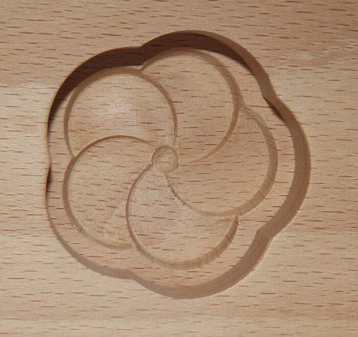 Wagashi Mold - 3 runde Blüten - Former für japanische Süßigkeiten (Asien) 1