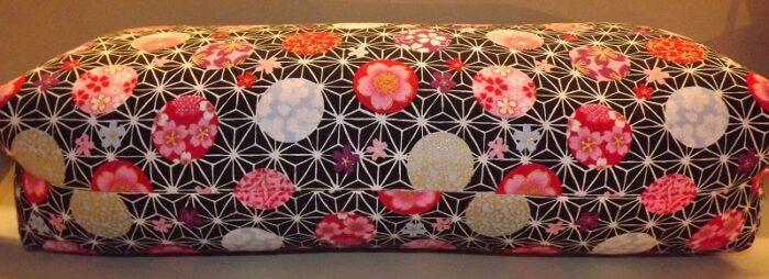 Makura Traditionelles Kopfkissen 40 cm Kobanehana pink-black 2