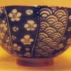 Keramik-Set 5 Bowls Irodori im Holzregal 7