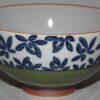 Keramik-Set 5 Bowls Irodori im Holzregal 4