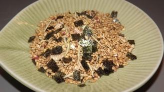 Furikake goldener Sesam + Shirasu-Anchovy + Ama-Ebi 40g 7