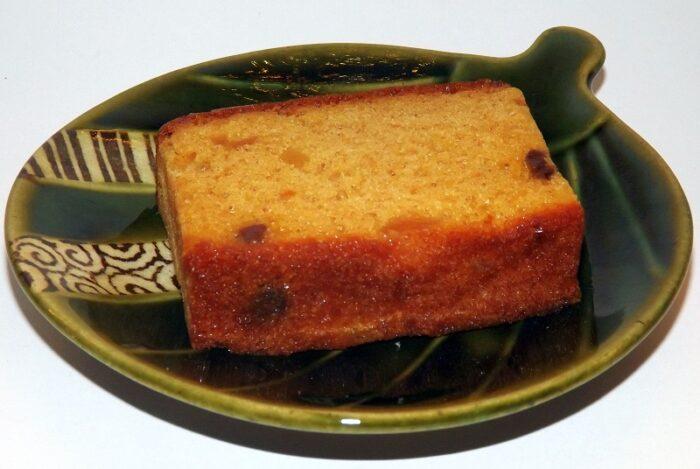 Sakura Fruit Cake 200g 2